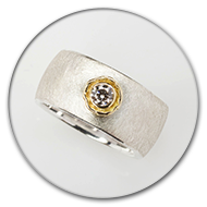 Ring from 925 silver and champaign-coloured brilliant set in 18k gold