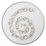 Chain with large charred links in 999 silver, the clasp is made of 925 silver with two brilliants set in the sides